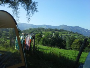 Camping-les-Chataigniers_emplacements-avec-vue-mini