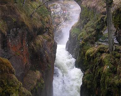 Camping les Chataigniers-arcizans avant - argelès gazost - Cascades du Pont d'Espagne (2)