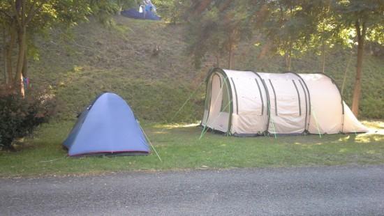 Camping les Chataigniers-arcizans avant - argelès gazost - emplacements spacieux