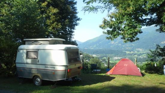 Camping les Chataigniers-arcizans avant - argelès gazost - emplacements spacieux1