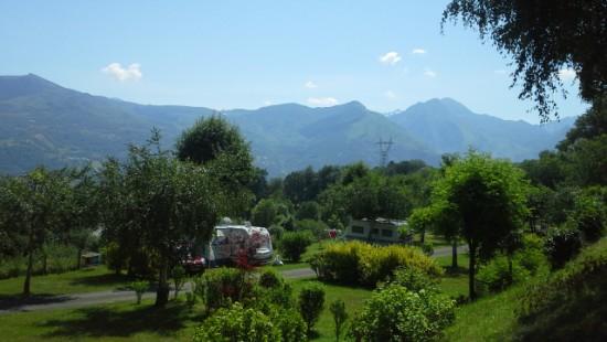 Camping les Chataigniers-arcizans avant - argelès gazost - emplacements spacieux9 (2)