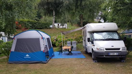 Camping les Chataigniers-arcizans avant - argelès gazost - emplacements spacieux9-min